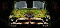Rusted Car von Luke Henderson