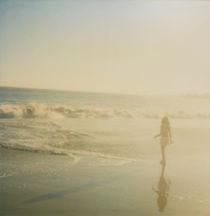 'waves of innocence' von Jennifer Evans