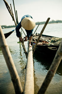 Vietnamese fisherfolk by Thomas Cristofoletti