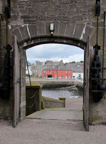 Broughty Ferry Castle gates von Buster Brown Photography