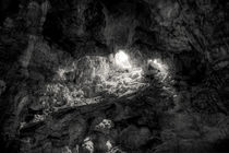 Ha Long Cave by Duc Minh Phung