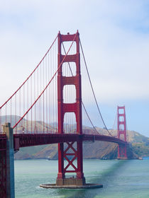 Golden Gate Bridge in San Francisco by Gordon Warlow
