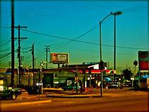 gas station von SANDRINE GOMEZ