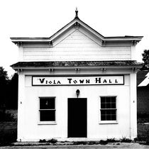 Viola Town Hall by © Joe  Beasley