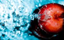 fresh reds #5 von Ramon Andrei Grosu