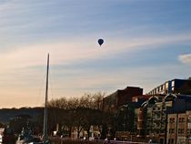 Hot air above Bristol von Ross Thompson