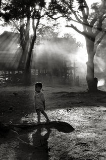 Little Boy - Kontum Village - Vietnam von captainsilva