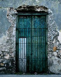 Turquoise Door von Dica Quiam