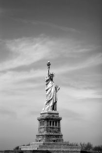 Statue of Liberty by Guy Miller