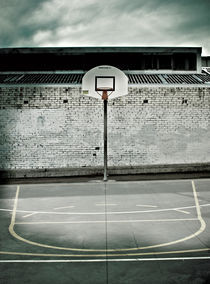 Basketball Court von Darren Martin