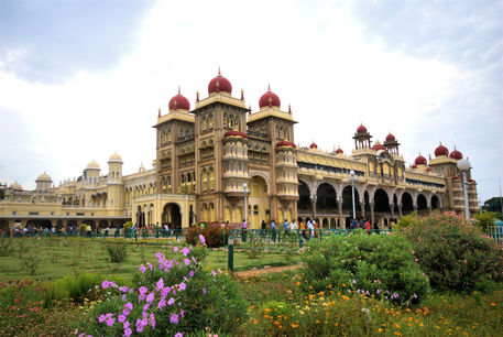 Around-the-world-bangalore-india-landscape-mysore-place