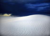 Outer Blue von Ricardo Segovia