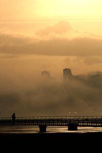 foggy city von Carlo Braga