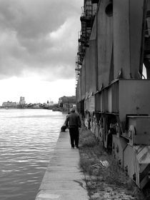 Man walking by Bruno Etzberger Lucini