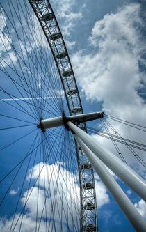 London Eye by Rosario Rivas Leal