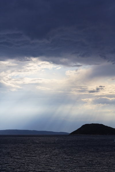 Island-cloud-374