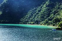 Atitlán Lake by Yasmin  Solares