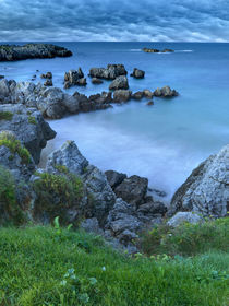 Rocas en la costa by Joserra Santamaría