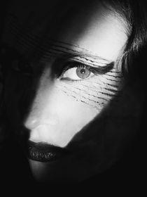 Ojos que no Ven by Carmen Davila