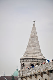 tower of people by Karolina Olempska