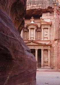The Treasury - Petra, Jordan von Colin Miller