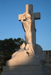 Tomb - Cementario de Cristobal Colon von Colin Miller