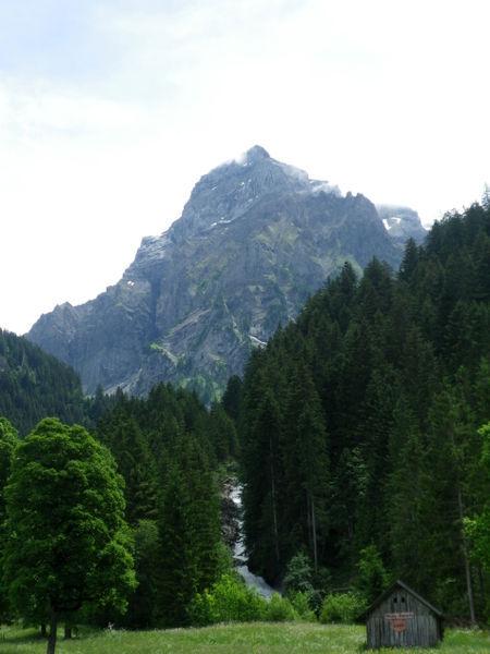 Swisshills2