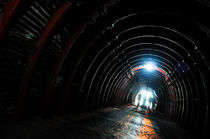 Tunnel by fbphoto
