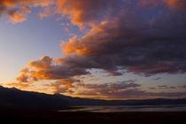 Cloud-over-mono-lake