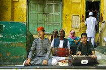 Qawwali Singers by Ravi Dhingra