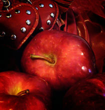 Red-apples-20-by-20