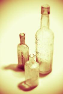 Alte Flaschen ocker von dresdner