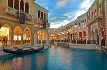 Las Vegas - Venetian by Luis Henrique de Moraes Boucault