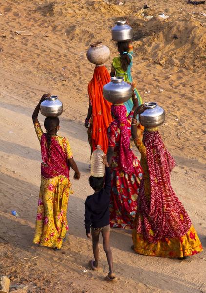 India013