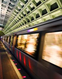 Washington DC Subway Station von Ardit Hamzai