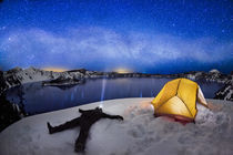 Stargazing at Crater Lake by Ben  Canales