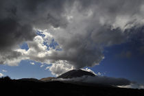 Wolkenstimmung am El Teide von ralf werner froelich