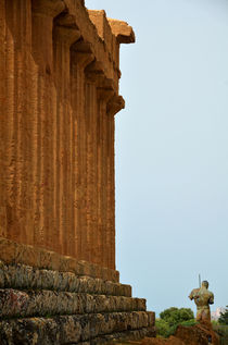 Temple of Concordia and Dedalo, Agrigento by RicardMN Photography