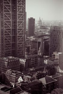 London City by Vincenzo Mercedes