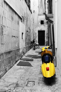 Vespa by Vincenzo Mercedes