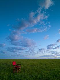 der rote Stuhl by Jürgen Müngersdorf