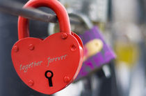love padlock by Vadym Sapatrylo