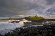 Dunstanburgh Castle by Graeme pattison