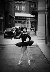 Ballerina in Tribeca von Vlad Klikfeld