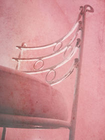 'Pink chair' von Danica Radojkovic