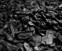Shoes in Auschwitz von RicardMN Photography