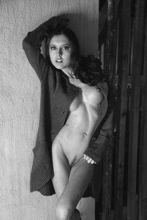 Nude-4