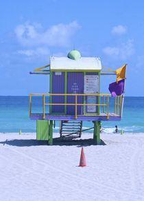 Miami Beach by Juan Carlos  Medina Gedler