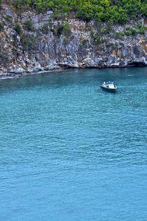 real blue water in St. Bart by Juan Carlos  Medina Gedler