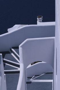 stairs to a hotel in santorini von Juan Carlos  Medina Gedler